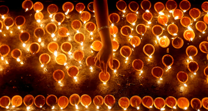 Sharing the Light of the World with Hindus